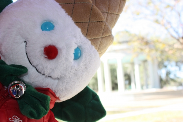 Mister Bingle at Popp's Bandstand